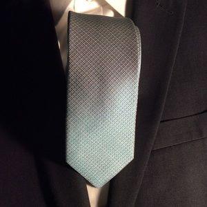 New Calvin Klein Tie Light Blue 100% Silk